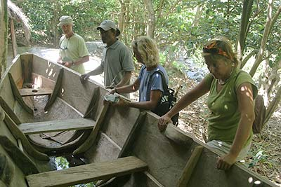 Derek talks about the construction of a Carib dugout canoe in the same style of Gli Gli.